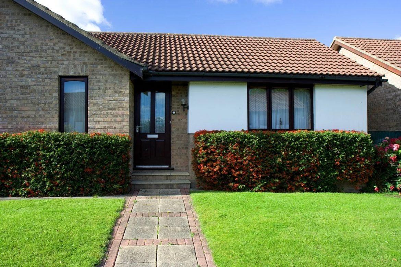 Membrana a folia dachowa – co warto wiedzieć, wybierając izolację dachu?